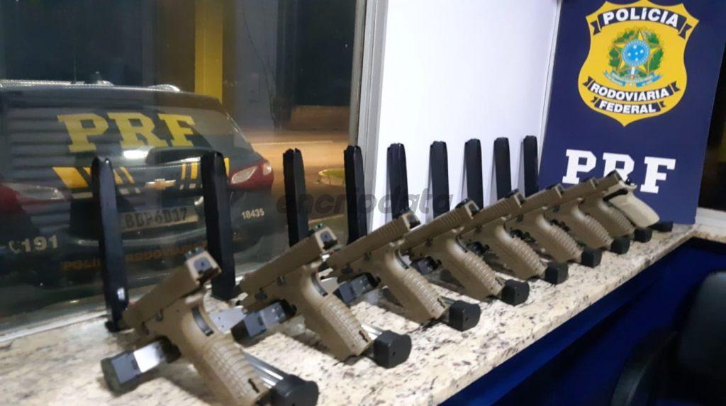 Cuatro brasileños detenidos por tráfico de armas cerca de Argentina